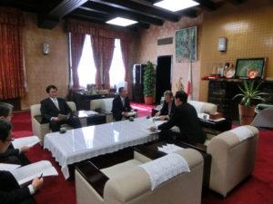 富士山保全活用特別委員会での提言を議長に報告