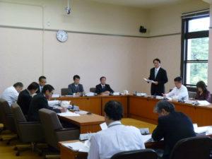 厚生委員会での議論